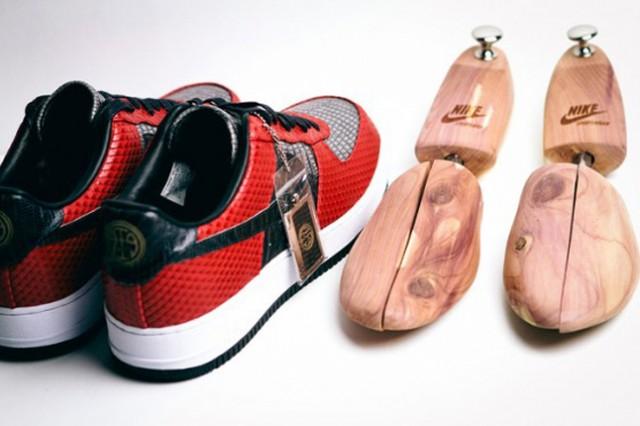 ANDRE-IQUODALA-MARCUS-TROY-NIKE-AF1-BESPOKE-HEEL-FOOT-MOLDS-640x426