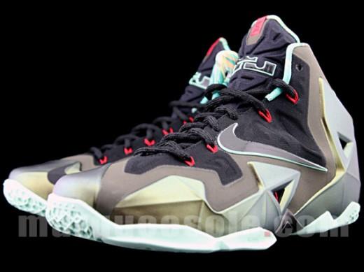 Nike-LeBron-XI-17-520x389