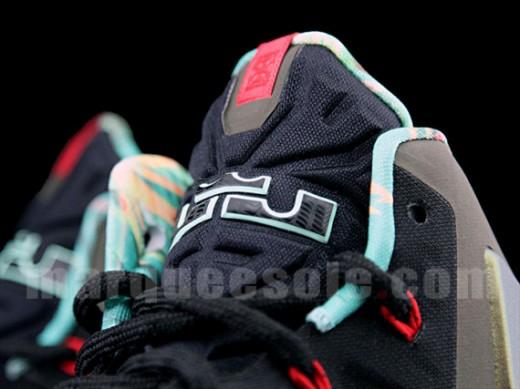 Nike-LeBron-XI-9-520x389